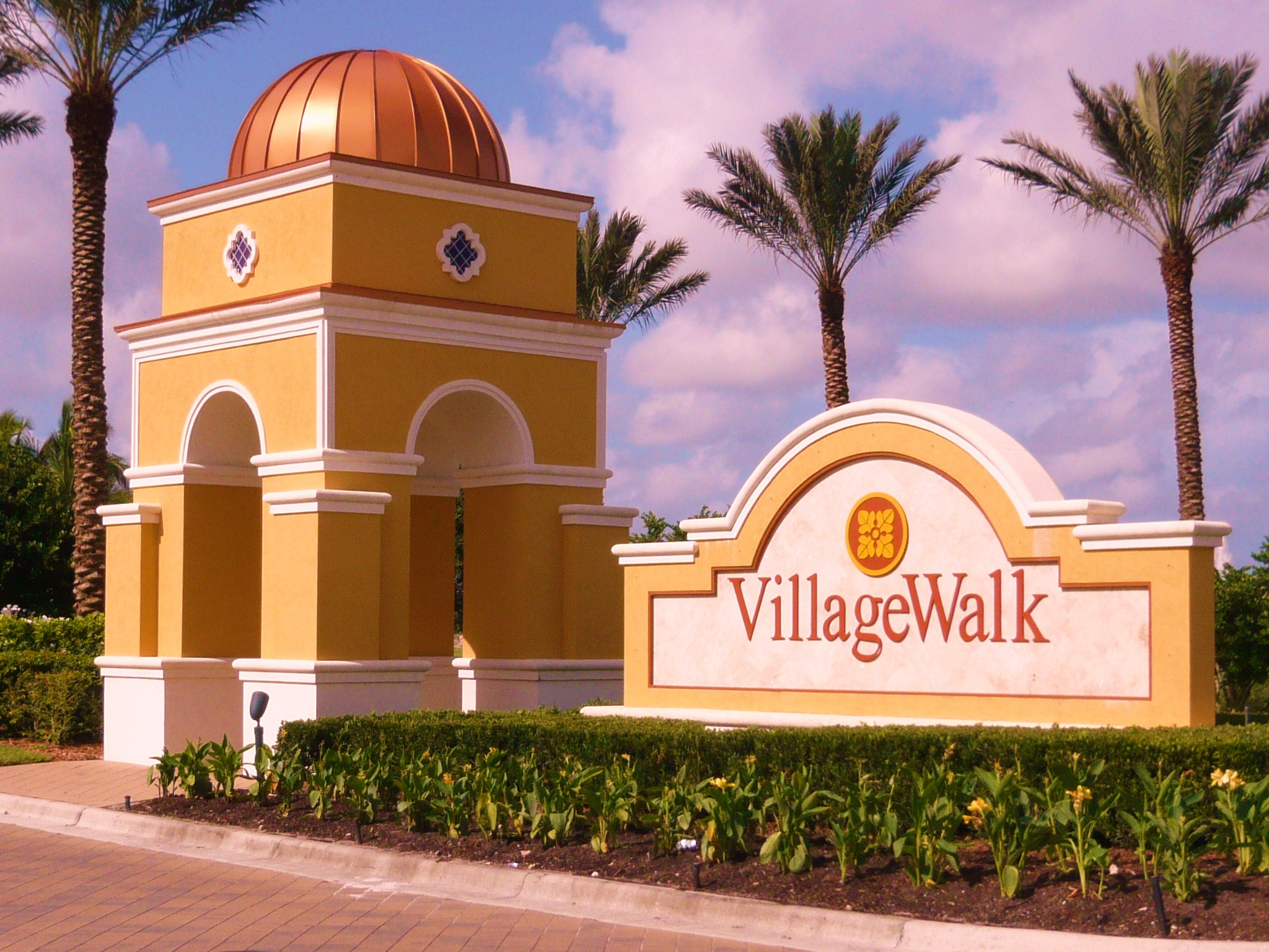 VillageWalk Bonita Springs